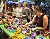 Rund 300 Kunsthandwerkerinnen und -handwerker sowie Trödel- und Krammarkthändlerinnen und -händler sind zu 3TM gekommen.©Georg Kronenberg
