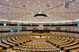 Bild vom leeren Sitzungssaal des EU-Parlaments©Pixabay