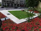 Blick von der neuen Treppe auf den Garten des Gedenkens©Kerstin Hühnlein