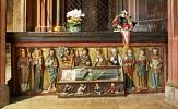 Grab der Heiligen Elisabeth in der Elisabethkirche©Rolf K. Wegst