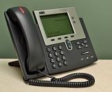 schwarzes Telefon mit Tasten und Display©Pixabay